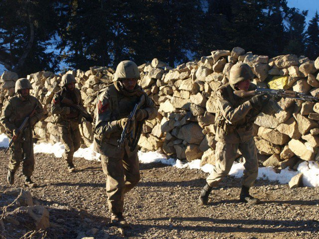 Pakistan Army regular infantry during Rah-e-Rast in Swat (2009)