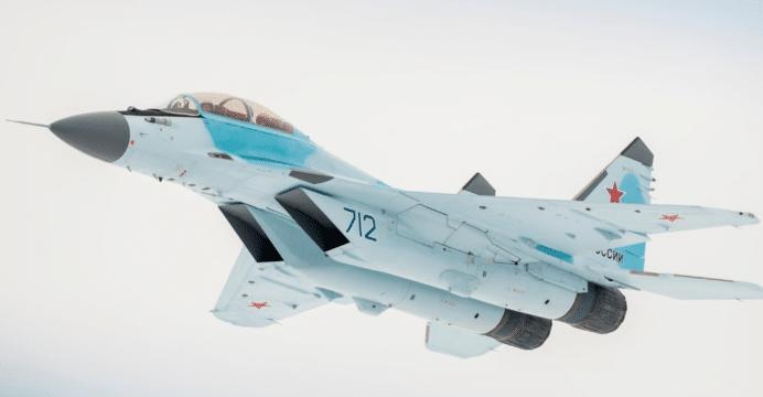 الجزائر احدى البلدان المرشحه للحصول على مقاتلات Mig-35 الروسيه الجديده  MiG-35-02-UAC-692x360