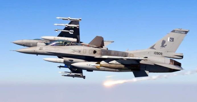 Pakistan-F-16-C-D-Block-52