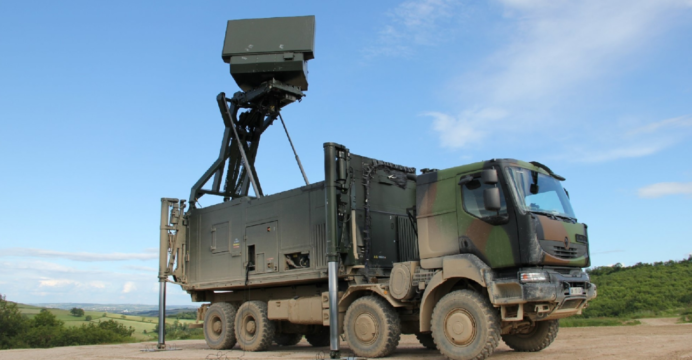 Media outlet reports possible air defence deal between