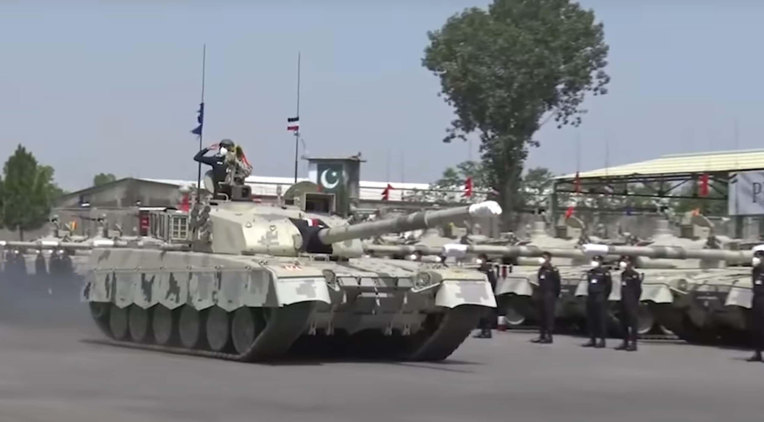 Pakistan-Army-al-Khalid-I-Tank